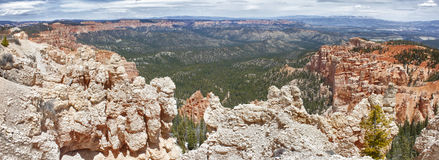 Sedimentary rock formations in bryce canyon park Royalty Free Stock Photos