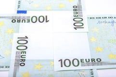 Sedlar för euro 100's Fotografering för Bildbyråer