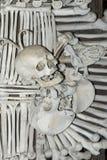 Sedlec藏有古代遗骨的洞穴-藏骸所 免版税图库摄影