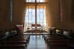 Sedona AZ, USA 5 Juli, 2016; Inre av kapellet av det heliga korset Fotografering för Bildbyråer