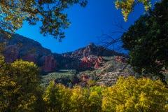 Sedona hermoso Arizona en Sunny Autumn Day Fotografía de archivo libre de regalías