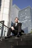 Seduta dell'uomo Fotografie Stock Libere da Diritti