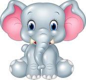 Seduta divertente dell'elefante del bambino del fumetto isolata su fondo bianco Fotografia Stock Libera da Diritti