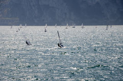 See Garda-Windsurfer Stockfotos