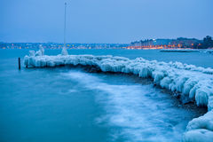 See-Genf gefrorene eisige Anlegestelle Lizenzfreies Stockbild