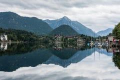 See Grundlsee, Österreich, bewölkter Himmel Lizenzfreie Stockfotografie