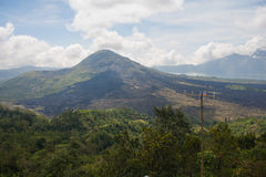 See im Krater des Vulkans Stockbild