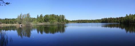 See im Schweden-Panorama Lizenzfreies Stockfoto