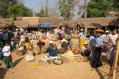 See Inly Myanmar, traditionell Stockfotos