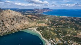 See Kournas Brummenphotographie-Wettbewerb Insel von Kreta, Griechenland, nahe dem Dorf von Kournas Stockbild