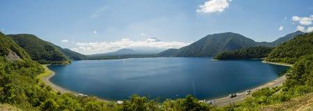 See Motosu und der Fujisan Stockbild