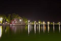See Palic in Serbien in der Nacht Lizenzfreie Stockfotografie