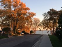 See-Promenade bei Len Ford Park in Toronto, Ontario, Kanada Fall2017 lizenzfreie stockfotos