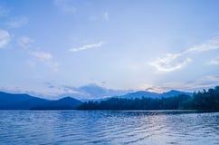 See santeetlah in den großen rauchigen Bergen Nord-Carolina lizenzfreie stockfotos