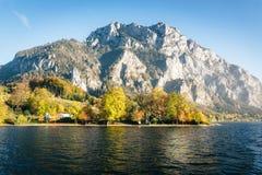 See Traunstein im Herbst Lizenzfreies Stockfoto