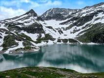 See und Berge Stockfoto