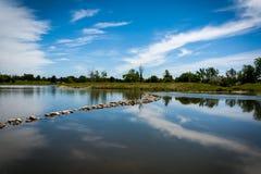 See und blauer Himmel lizenzfreie stockfotografie