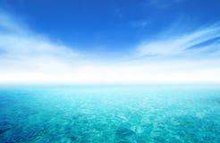 See- und Himmelhintergrund Stockfoto
