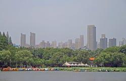 See und Park in Wuhan stockfotografie