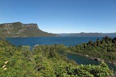 See und Wald Stockbilder
