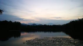 See und Wolke lizenzfreies stockbild