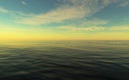 See- und Wolkenhimmel Lizenzfreies Stockfoto