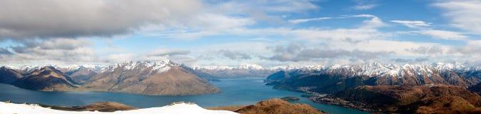 See Wakatipu u. das Remarkables Panorama Lizenzfreie Stockfotografie