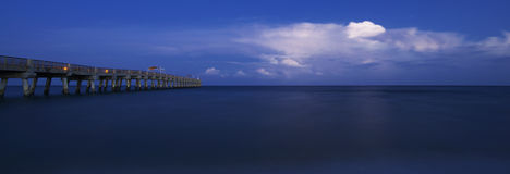 See wert Pier lizenzfreies stockfoto