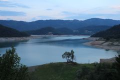 See Zaovine auf Tara-Berg stockfotos