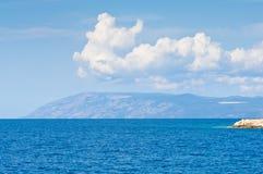Seeansicht in adriatischer Küstenregion in Dalmatien, Kroatien Lizenzfreie Stockbilder
