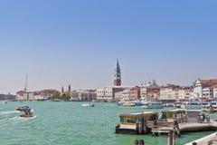 Seeansicht des Marktplatzes San Marco. Venedig, Ital Lizenzfreie Stockbilder