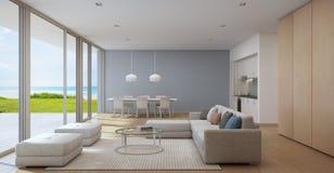 Seeansichtküche, -c$speisen und -wohnzimmer des Luxusstrandhauses im modernen Design, Ferienheim für große Familie Lizenzfreies Stockfoto