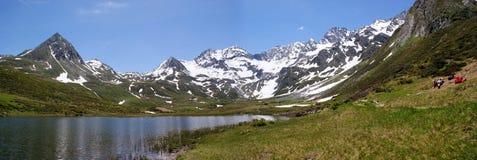 \ Seebersee \ met Alpen Oetztal (Zuid-Tirol) Stock Afbeeldingen
