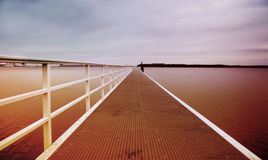 Seebrücke bei Sonnenuntergang Lizenzfreie Stockbilder