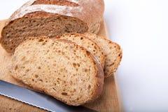 Seeded сказало хлебец по буквам с медом Стоковые Фото