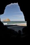 Seefelsen von der Höhle Stockbilder