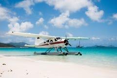 Seeflugzeug auf Whitehaven-Strand Lizenzfreies Stockbild