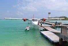Seeflugzeug, Mann, Malediven Lizenzfreies Stockbild