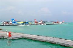 Seeflugzeug, Mann, Malediven Lizenzfreies Stockfoto