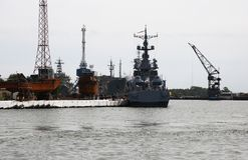 Seehafen in der Stadt von Baltiysk Kaliningrad-Region, Russland Lizenzfreie Stockfotos