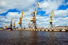 Seehafen in Ventspils Stockfotos