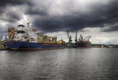 Seehafen vor dem Sturm Lizenzfreies Stockbild