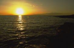 Seeküste bei Sonnenuntergang Lizenzfreies Stockbild