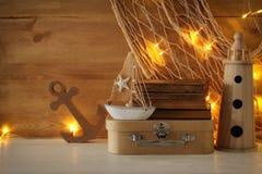 Seekonzept mit Seelebensstil wendet auf Holztisch ein stockfotografie