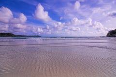 Seelandschaft mit Wolken Lizenzfreie Stockfotografie