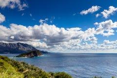 Seelandschaft von Budva Riviera in Montenegro Lizenzfreie Stockfotos