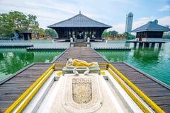 Seema Malaka寺庙在科伦坡, Beira湖 免版税库存照片