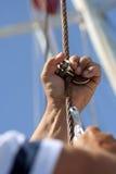 Seemann greift seine Muttern Lizenzfreies Stockbild