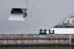 Seemann malt die Lieferung Stockbild