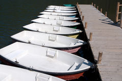 Seemietbootsreihe Stockbild